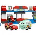 lego_5829_duplo_cars_pit-stop_-_igrushki_lego_iz_multjashnoj_serii_tachki