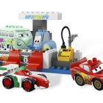 lego_5829_duplo_cars_pit-stop_-_igrushki_lego_iz_multjashnoj_serii_tachki_2