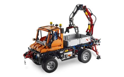 lego_8110_technic_mercedes-benz_unimog_u_400_unikalnij_konstruktor_s_pnevmatikoj_i_elektrikoj